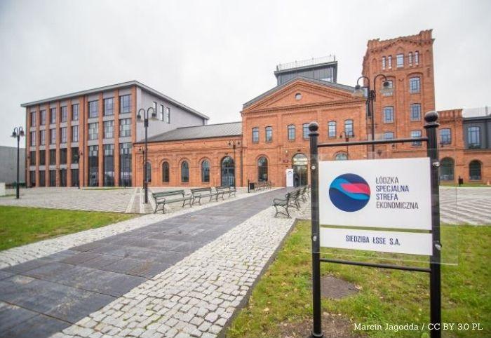 UM Łódź: Prezentacja raportu ze szczepień w miejskich punktach